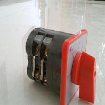 电动配件之大转换开关